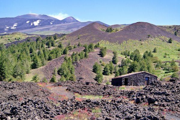 Etna, wine tasting