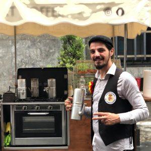italienischer Kaffee und neapolitanische Cuccuma